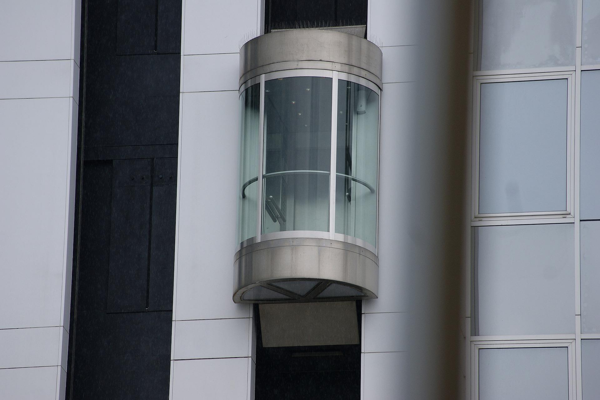 panoramic elevator main